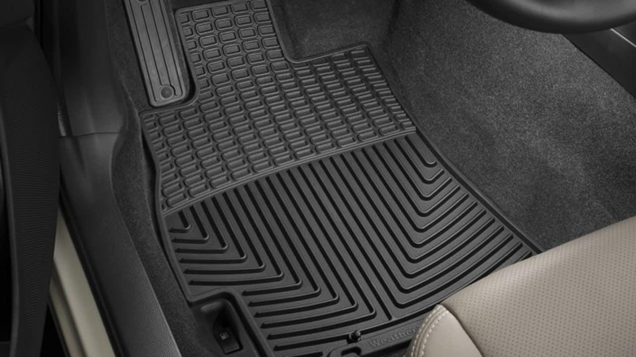 Comment bien choisir son tapis de voiture