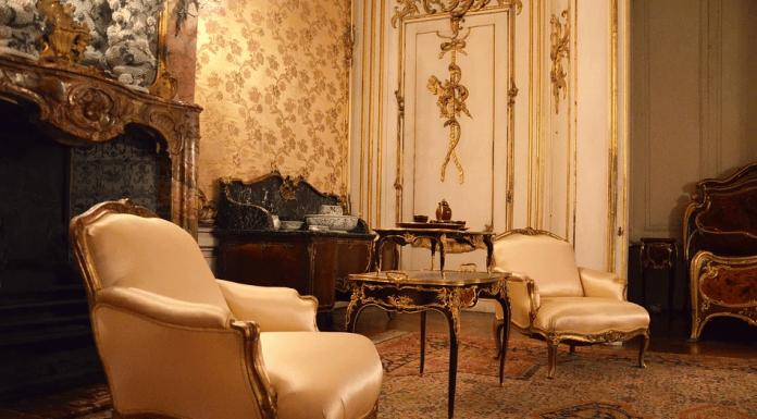 table baroque