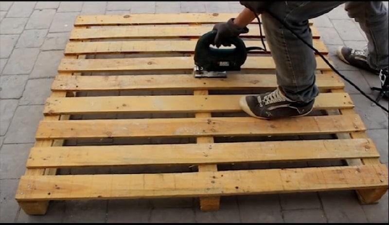 Comment faire un meuble en palette