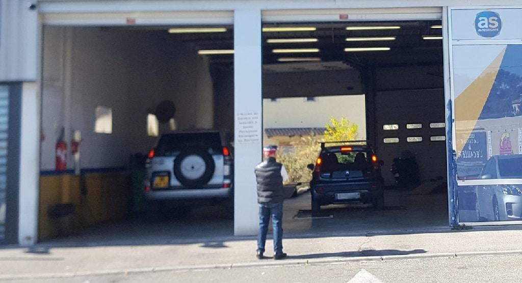 Auto s curit marseille pourquoi choisir le garage la for Garage auto les milles